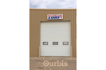 Herle's Truck & Auto Specialists in Lloydminster: Drive Thru Oil/Lube Bay No Appointment Necessary