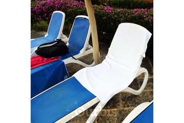 Snappy Towels Inc in TORONTO: Snappy Towels can be used as a snap-on lounge chair towel
