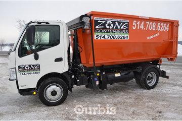 Location de conteneurs - Zone Conteneurs Inc - Louer à Mirabel: Camion équipé d'une balance
