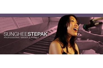 Singing Piano Studio