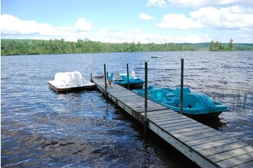 L'Hostellerie du Lac Noir in Nominingue: Fun on the water