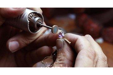 Manufacturier de Bijoux Diamant Exclusif Enr à Montréal: 4