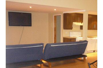 Auberge Refuge Du Faubourg in Saint-Ferréol-les-Neiges: Chalet et salle de réception