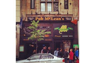 McLean's Pub à Montréal: La façade 2012