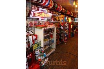 Dave's Garage & Memorabilia Inc in Abbotsford: Items for sale