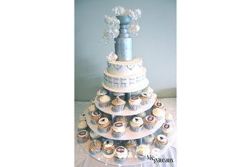 Mé Gâteaux - Gateaux personnalisés et gâteaux de mariage à Terrebonne: Gâteau de mariage / cup cakes / coupe Stanley